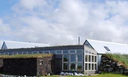 Sýningarskálinn að Austur-Meðalholtum